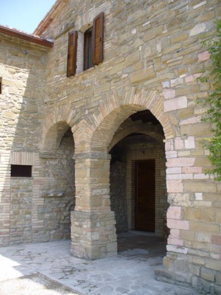 Borgo san fortunato case per ferie in autogestione for Case di pietra del paese della collina del texas